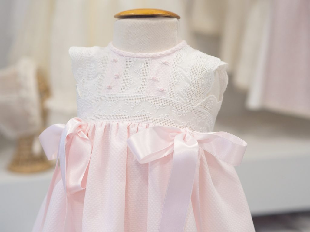 ropa de bebes recien nacidos aruca artesania