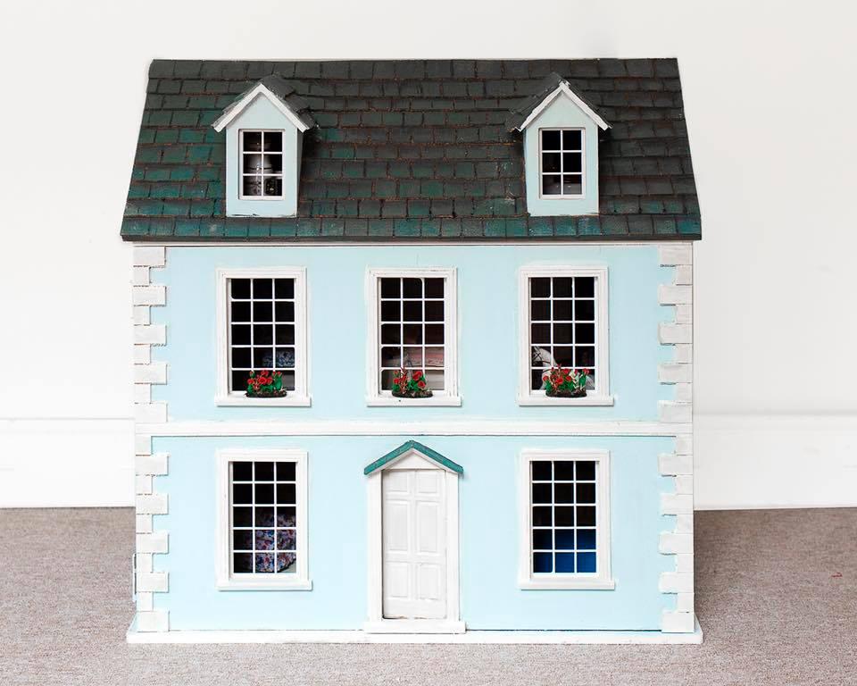 ideas para regalar en Navidad casa de muñecas